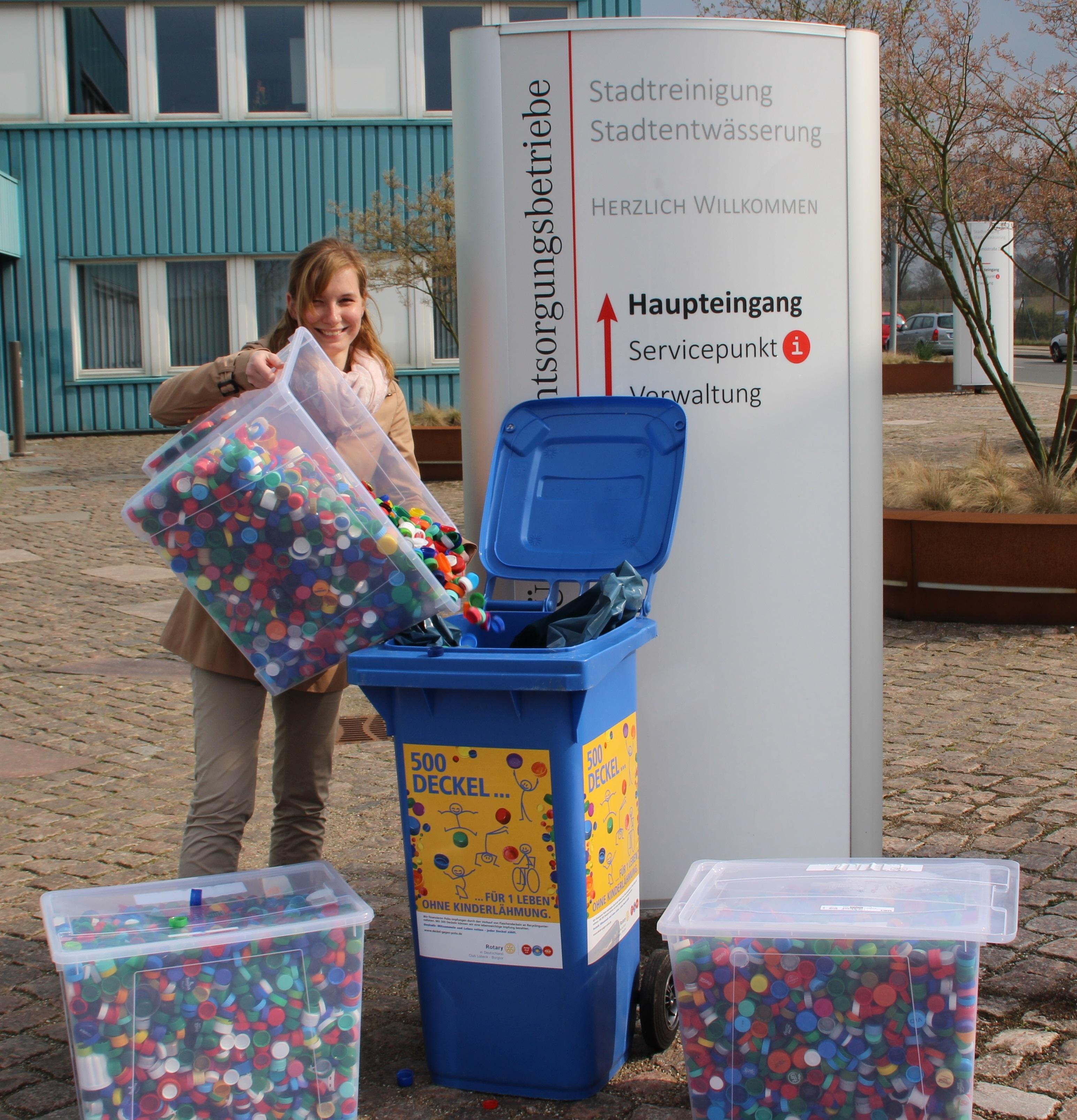 29 5 kg kunststoffdeckel sammelt der rotaract club for Impfung gegen polio